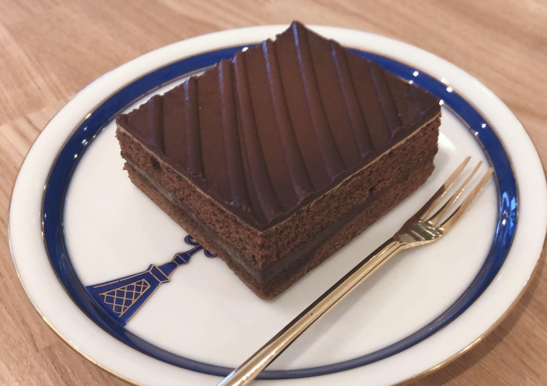 ケーキ(チョコレート)